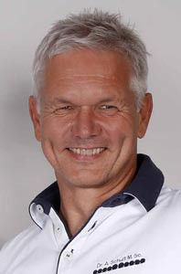 Dr. Andreas Schult